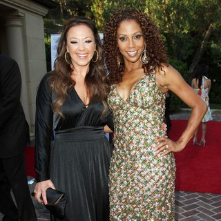 Leah Remini, Holly Robinson Peete in 13th Annual Design Care Benefiting The HollyRod Foundation