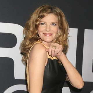 Rene Russo in The Universal Pictures World Premiere of The Bourne Legacy - Arrivals - rene-russo-premiere-the-bourne-legacy-01