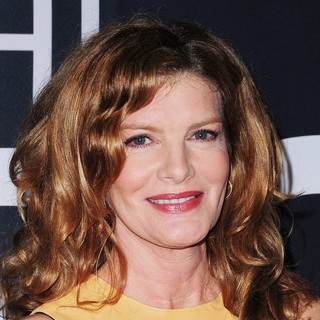 Rene Russo in The Universal Pictures World Premiere of The Bourne Legacy - Arrivals - rene-russo-premiere-the-bourne-legacy-03