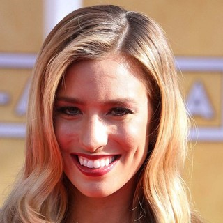 Renee Bargh in 19th Annual Screen Actors Guild Awards - Arrivals