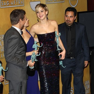 Jeremy Renner, Amy Adams, Jennifer Lawrence, Michael Pena in The 20th Annual Screen Actors Guild Awards - Press Room