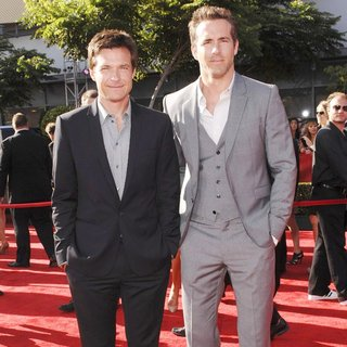 Jason Bateman, Ryan Reynolds in The 2011 ESPY Awards