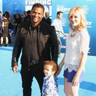 Alfonso Ribeiro, Lincoln Ribeiro Jr., Angela Unkrich in Disney-Pixar's Finding Dory Los Angeles Premiere