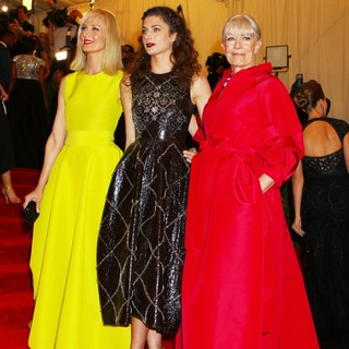 Joely Richardson, Daisy Bevan, Vanessa Redgrave in PUNK: Chaos to Couture Costume Institute Gala
