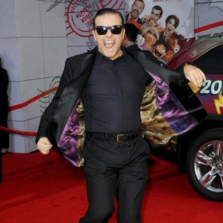 Ricky Gervais in Los Angeles Premiere of Disney's Muppets Most Wanted - Red Carpet Arrivals