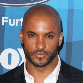 Ricky Whittle in American Idol Finale for The Farewell Season - Red Carpet Arrivals