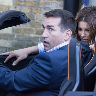Rob Riggle, Kate Beckinsale in Film Scenes for Absolutely Anything