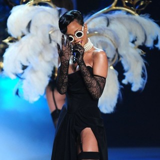 Rihanna in The 2012 Victoria's Secret Fashion Show - Inside