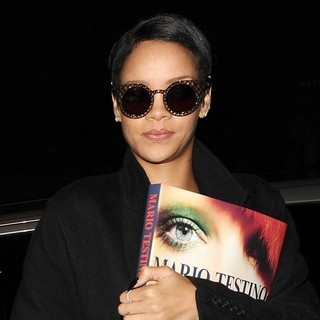 Rihanna in Rihanna Arriving Back at Her Hotel After An All Day Photoshoot