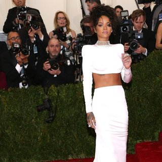 Rihanna in Charles James: Beyond Fashion Costume Institute Gala - Arrivals
