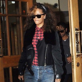 Rihanna in Rihanna Is Seen Departing from The Clarence Hotel After Her Concert in Belfast Over The Weekend