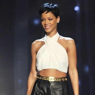 Rihanna in Celebrities Performing on The German ZDF TV Show Wetten, Dass...