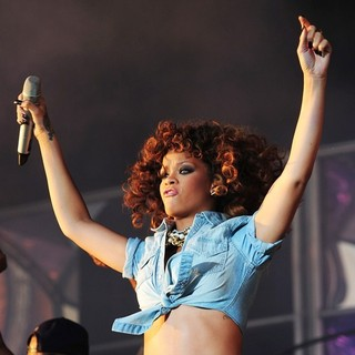 Rihanna in V Festival - Day Two