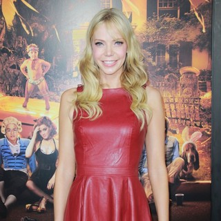 Riki Lindhome in The Premiere of Paramount Pictures' Fun Size - Arrivals