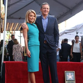 Kelly Ripa, Bob Iger in Kelly Ripa Honored with Star on The Hollywood Walk of Fame