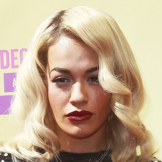 Rita Ora in 2012 MTV Video Music Awards - Arrivals
