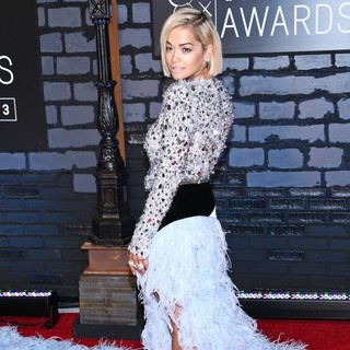 Rita Ora in 2013 MTV Video Music Awards - Arrivals