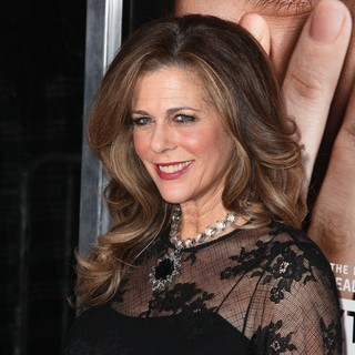 Rita Wilson in The New York Premiere of Extremely Loud and Incredibly Close - Arrivals