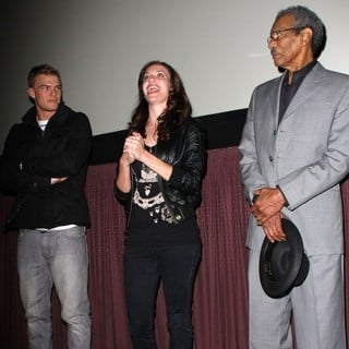 Alan Ritchson, Kate Siegel, Dick Anthony Williams in The Los Angeles Premiere of Steam - Inside and Arrivals