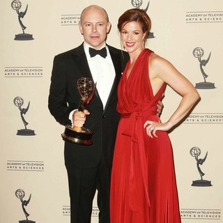 Rob Corddry in 2012 Creative Arts Emmy Awards - Press Room - rob-corddry-2012-creative-arts-emmy-awards-press-room-04