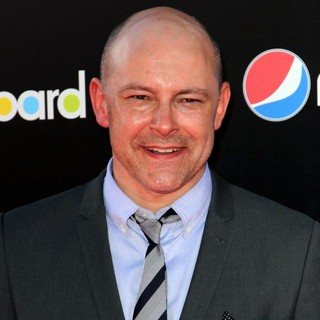 Rob Corddry in Katy Perry: Part of Me Los Angeles Premiere - rob-corddry-premiere-katy-perry-part-of-me-01