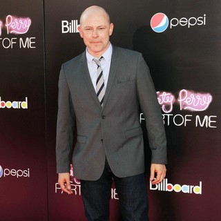 Rob Corddry in Katy Perry: Part of Me Los Angeles Premiere - rob-corddry-premiere-katy-perry-part-of-me-02