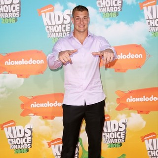 Rob Gronkowski in Nickelodeon's 2016 Kids' Choice Awards - Arrivals
