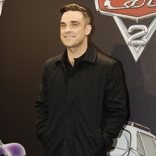 Robbie Williams in The Premiere of Cars 2