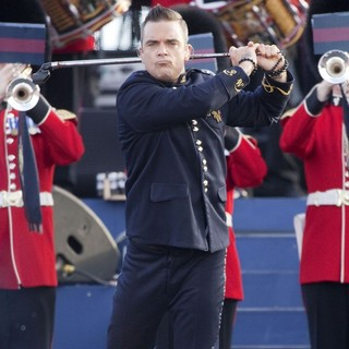 Robbie Williams in The Diamond Jubilee Concert