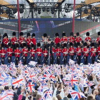 Robbie Williams - The Diamond Jubilee Concert