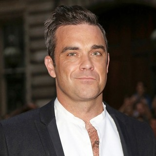 Robbie Williams in The GQ Men of The Year Awards 2012 - Arrivals