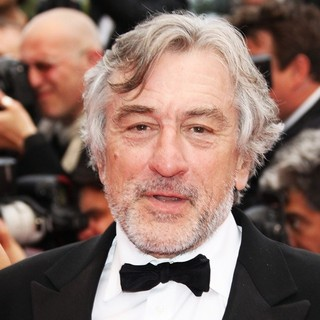 Robert De Niro in 2011 Cannes International Film Festival - Red Carpet for Les Beins-Aimes and Closing Ceremony