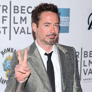 Robert Downey Jr. in Marvel's The Avengers Premiere During The Closing Night of The 2012 Tribeca Film Festival - Arrivals