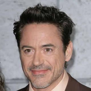 Robert Downey Jr. in Los Angeles Premiere of Sherlock Holmes: A Game of Shadows