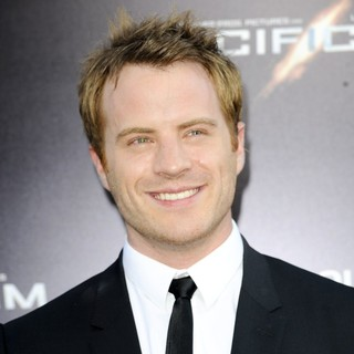 Robert Kazinsky in Los Angeles Premiere of Pacific Rim