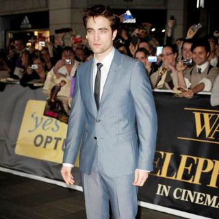 Robert Pattinson in The Australian Film Premiere of Water for Elephants - Arrivals