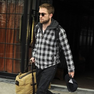 Robert Pattinson in Robert Pattinson Is Seen Leaving Manhattan Hotel