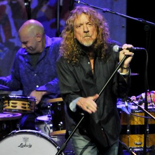 Marco Giovino, Robert Plant, Robert Plant and the Band of Joy in Robert Plant and the Band of Joy Performing Live