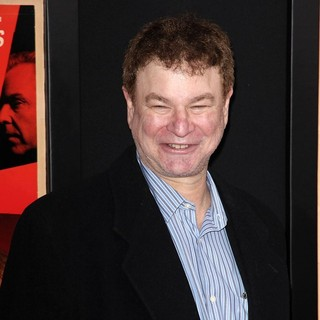 Robert Wuhl in The Hitchcock Premiere