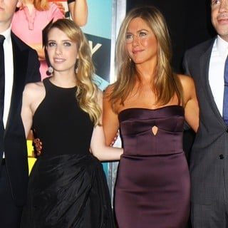 Emma Roberts, Jennifer Aniston in We're the Millers World Premiere