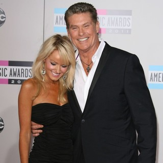 Hayley Roberts, David Hasselhoff in 2011 American Music Awards - Arrivals