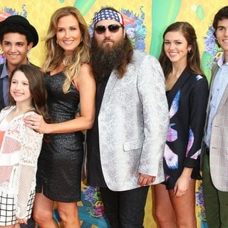 Lil Will Robertson, Bella Robertson, Korie Robertson, Willie Robertson, Sadie Robertson, John Luke Robertson in Nickelodeon's 27th Annual Kids' Choice Awards - Arrivals