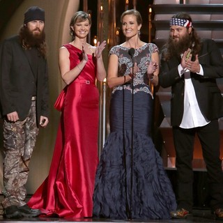 Jase Robertson, Missy Robertson, Korie Robertson, Willie Robertson in 47th Annual CMA Awards - Show