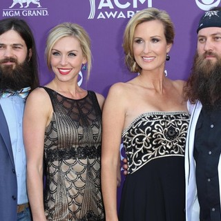 Jep Robertson, Jessica Robertson, Korie Robertson, Willie Robertson in 48th Annual ACM Awards - Arrivals