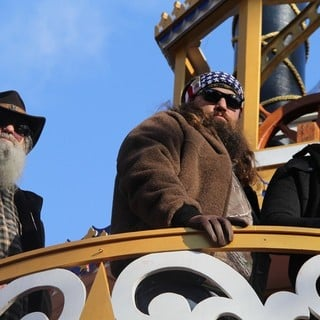 Phil Robertson, Willie Robertson, Jase Robertson in 87th Macy's Thanksgiving Day Parade