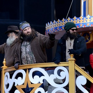 Phil Robertson, Willie Robertson, Jase Robertson, Jessica Robertson in 87th Macy's Thanksgiving Day Parade