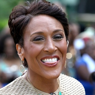 Robin Roberts (II) in Robin Roberts at Good Morning America's Summer Concert Series