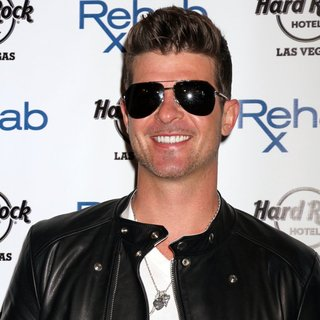 Robin Thicke in Robin Thicke Kicks Off The 11th Season of Rehab
