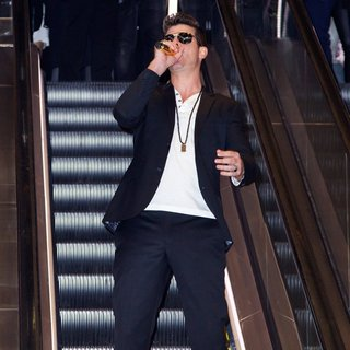 Robin Thicke in Express Times Square Grand Opening Event