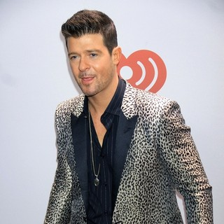 Robin Thicke in Offical Media Confirmation - Z100's Jingle Ball 2013